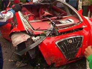 kecelakaan mobil listrik dahlan iskan